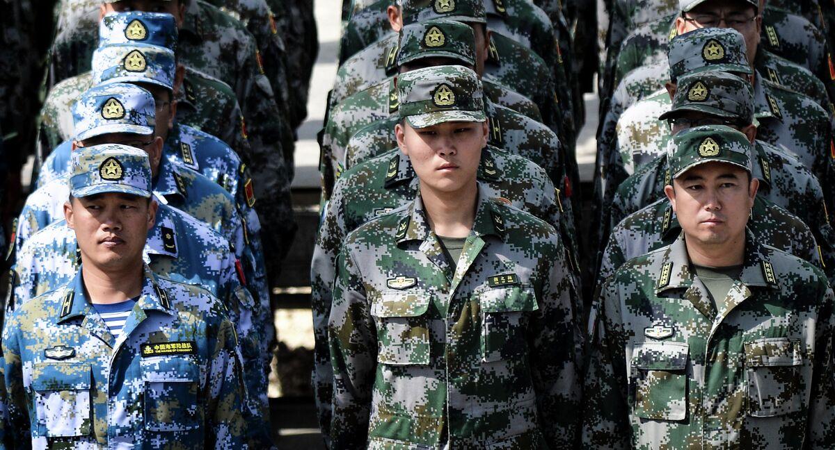 خبير روسي الجيش الصيني سيكون م تخما بالمعدات العسكرية الأكثر تطورا Sputnik Arabic