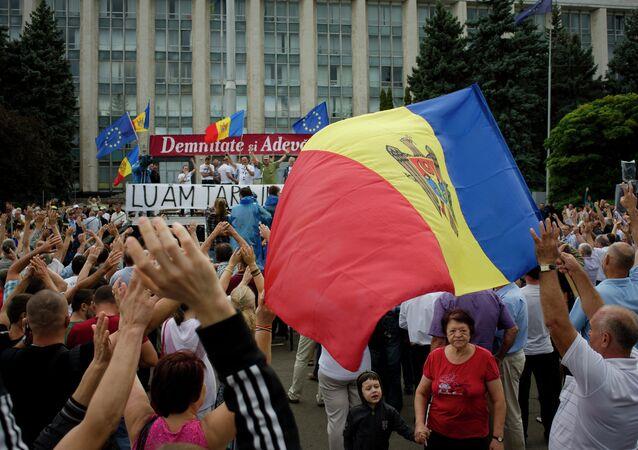 احتجاجات في كيشيناو - عاصمة مولدافيا