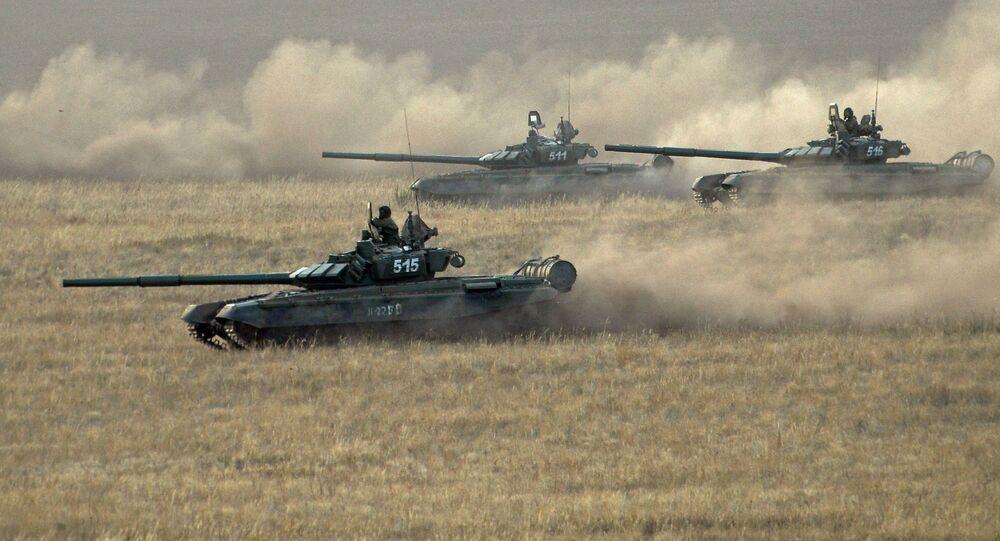 دبابات روسية خلال تدريب
