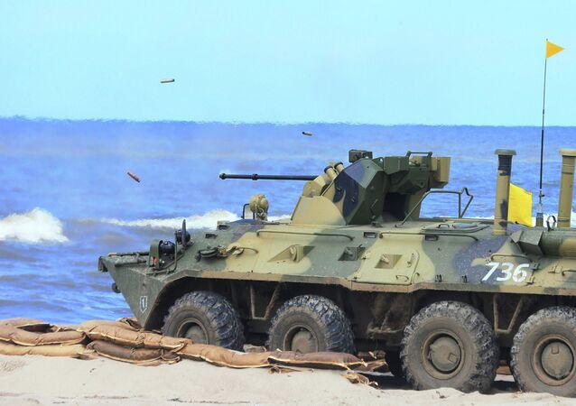 ناقلة الجنود المدرعة بي تي إر-82 أ