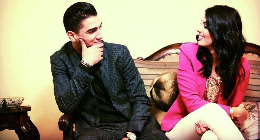 محمد عسّاف وخطيبته لينا القيشاوي