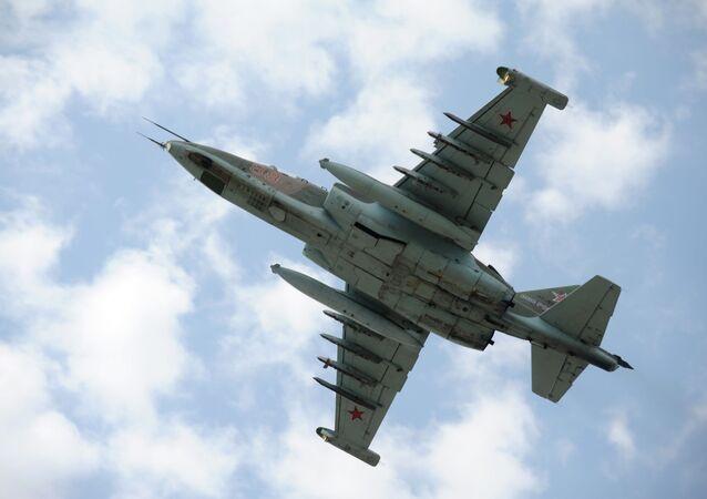 الطائرة الهجومية سو- 25