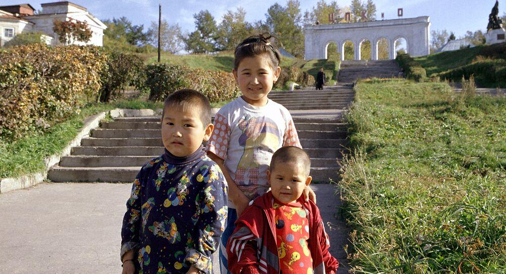 أطفال صينيين