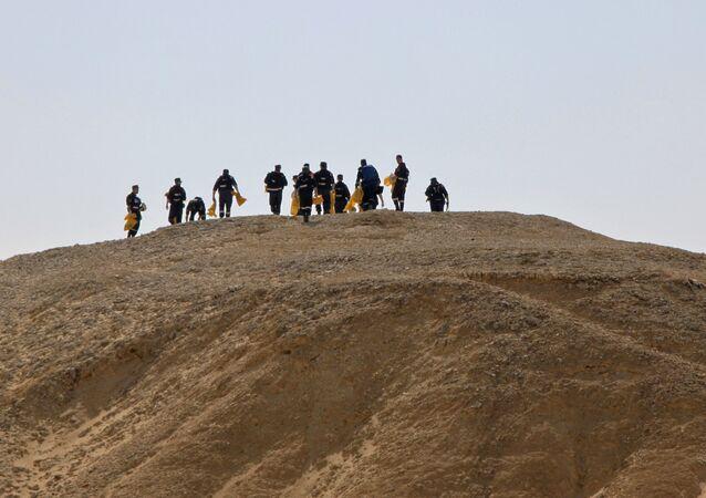 البحث عن حطام طائرة أيرباص 321 في سيناء