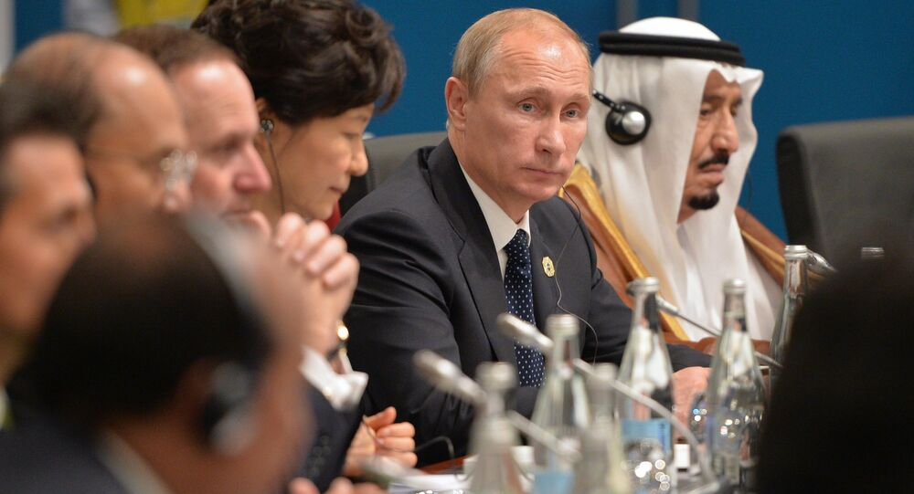 الرئيس الروسي فلاديمير بوتين والعاهل السعودي سلمان بن عبد العزيز