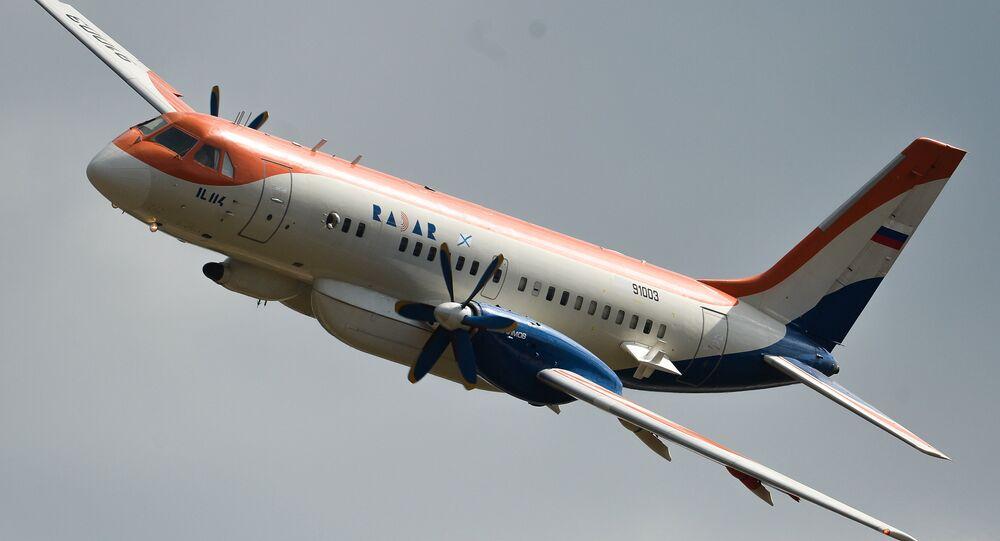 طائرة إيل-114