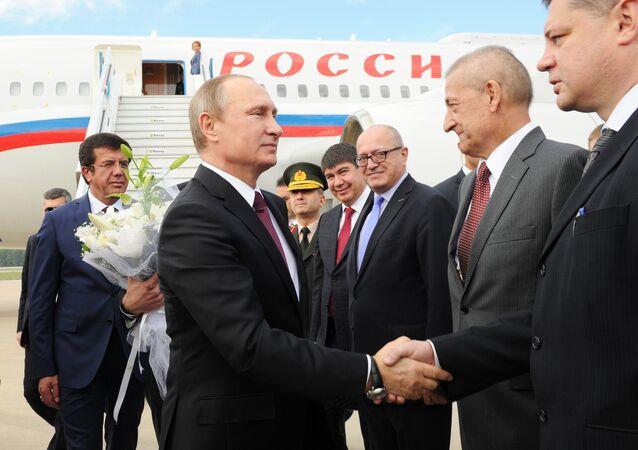 الرئيس الروسي فلاديمير بوتين يشارك في قمة مجموعة العشرين في أنطاليا
