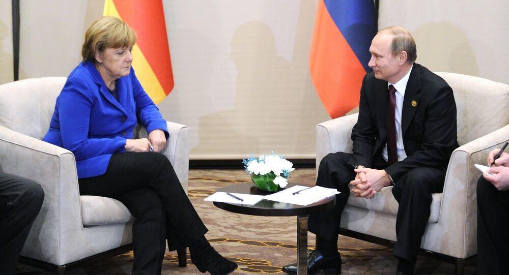 قاء بين بوتين وميركل في أنطاليا
