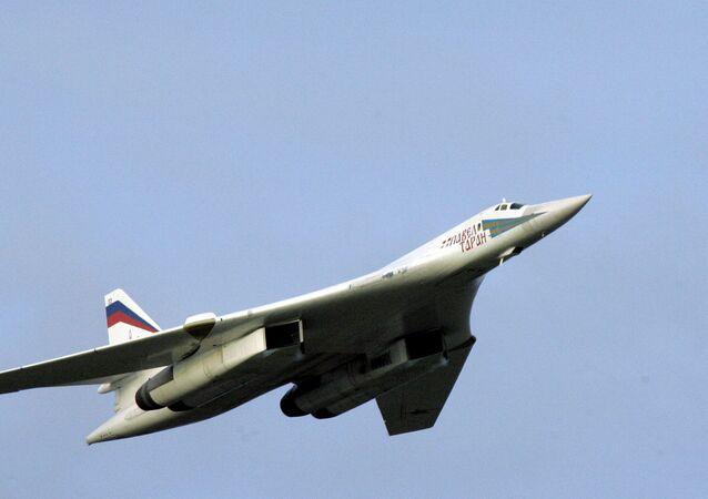 طائرة تو - 160