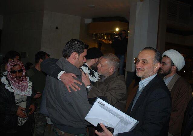 وصول جرحى قرى إدلب إلى دمشق
