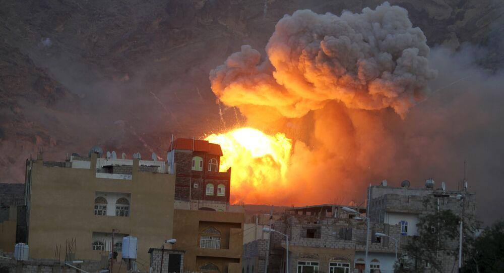 حريق مخزن للأسلحة بصنعاء