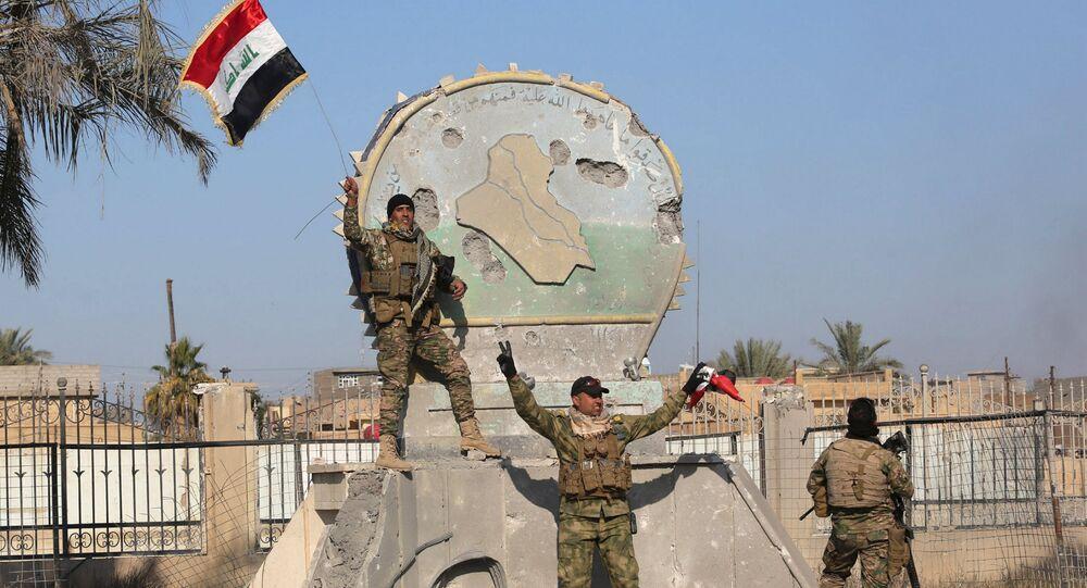 قوات الأمن العراقية بعد تحرير الرمادي من قبضة داعش