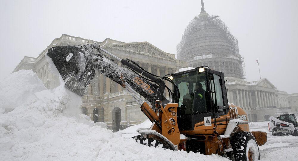 علصفة ثلجية بواشنطن