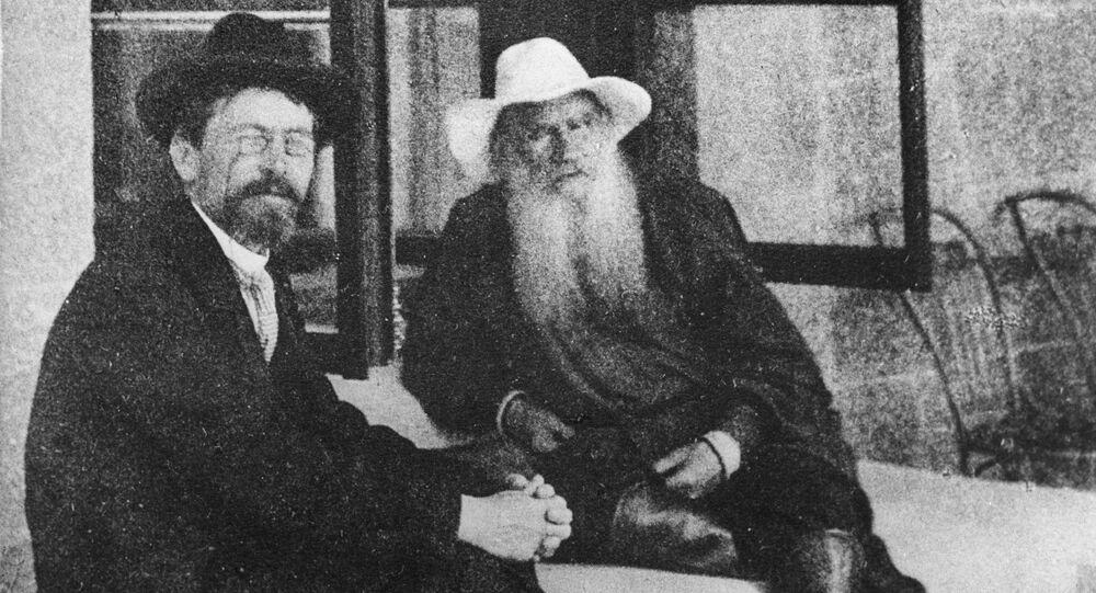 ليف تولستوي مع أنطون تشيخوف