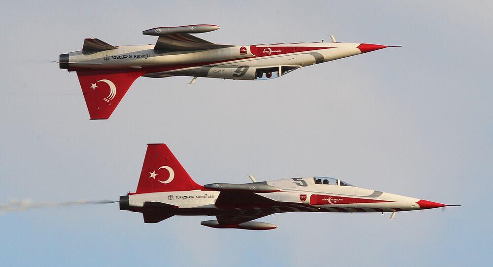 مقاتلات تركية