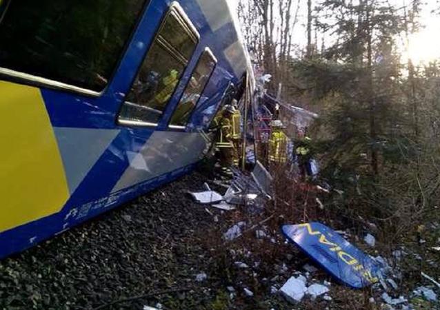 حادث صدام قطارين ف ألمانيا