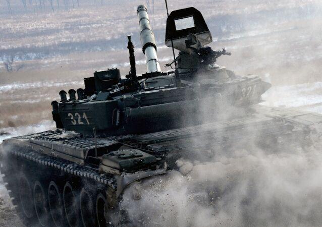 الدبابة Т-72
