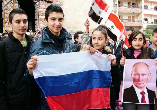حصرياً بالصور... وصول مساعدات روسية إلى مطار حميميم في اللاذقية