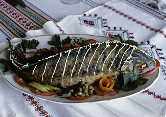 سمكة مطهية