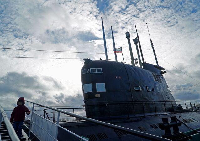 الغواصة ب-413 الوحيدة من نوعها، موجودة في متحف المحيط العالمي في كالينينغراد.