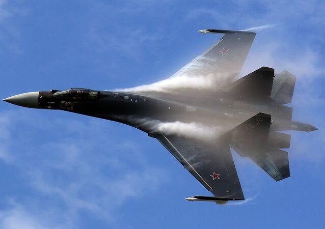 المقاتلة الروسية سو - 35