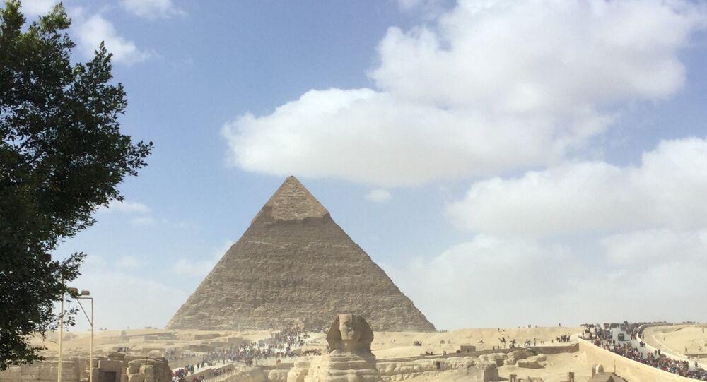 أهرمات الجيزة ـ  مصر
