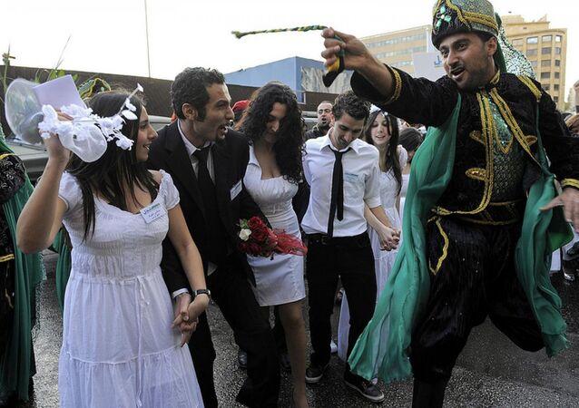 الزواج فى لبنان
