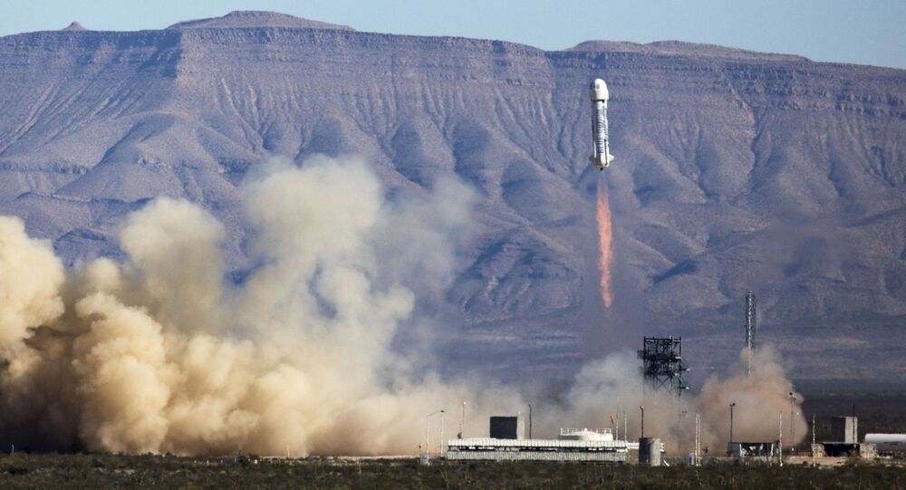 هبوط آمن، الثالث من نوعه، لصاروخ نيو شيبارد في غرب تكساس، 2والصورة من شركة Blue Origin ابريل/ نيسان 2016.