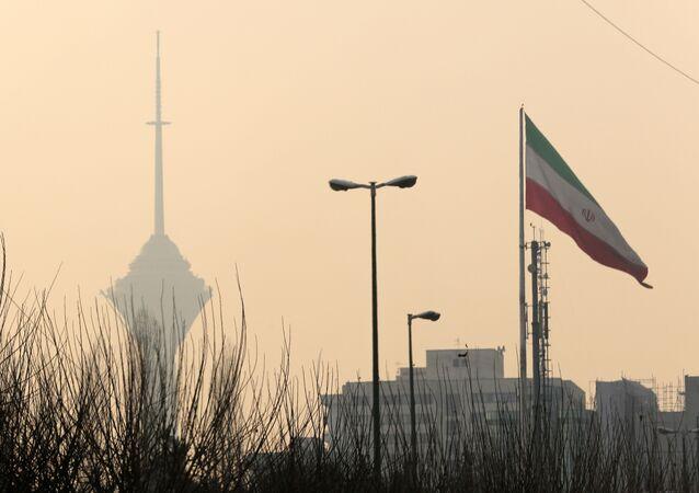 إيران