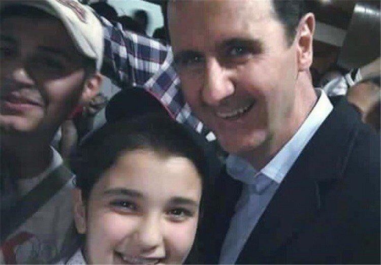 صورة سيلفي مع رئيس سوريا بشار الأسد