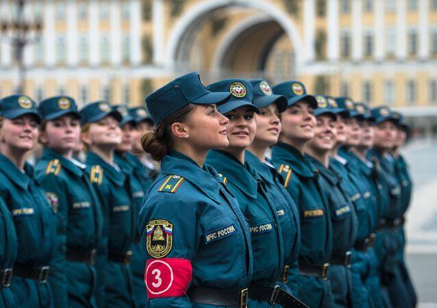 التدريبات العسكرية لإحياء ذكرى الـ 71 لعيد النصر في الحرب الوطنية العظمى (1941-1945)