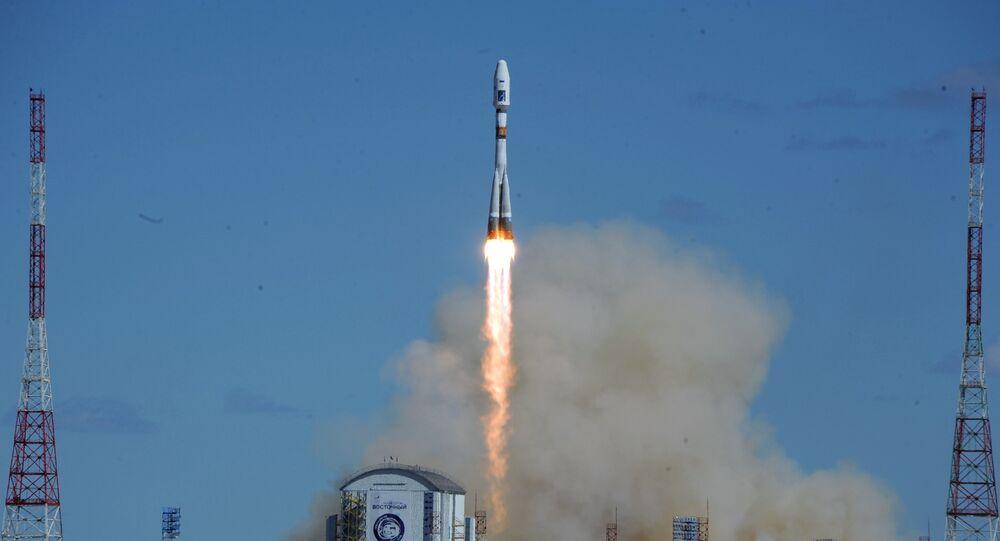 انطلاق أول صاروخ من قاعدة فوستوتشني