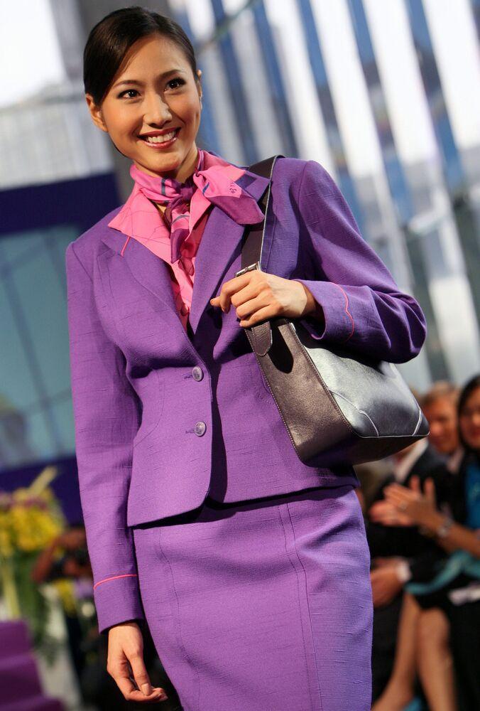 مضيفات الطيران التايلندي Thai Airways International