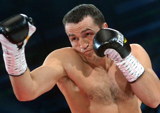 الملاكم الروسي دينيس ليبيديف