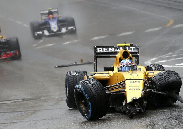 حادث في سباق للسيارات فورمولا-1 في موناكو (سيارة جوليون بالمير)، 29 مايو/ آيار 2016.