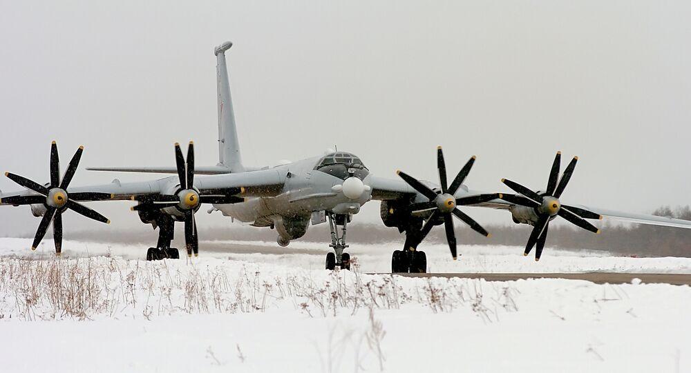 طائرة تو 142