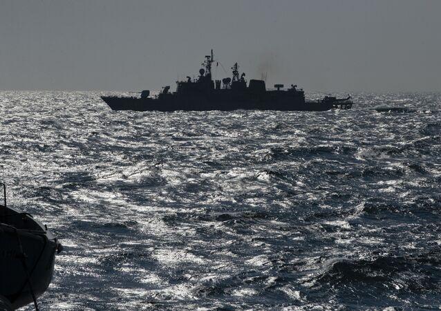 فرقاطة تابعة للناتو في البحر الأسود