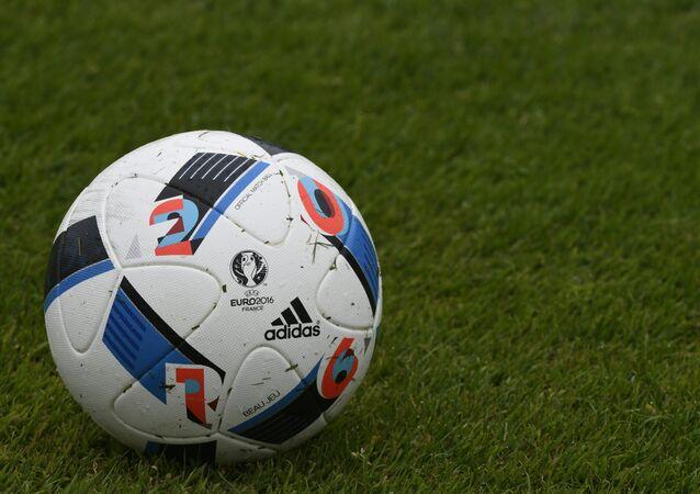 إتحاد كرة القدم يعاقب روسيا