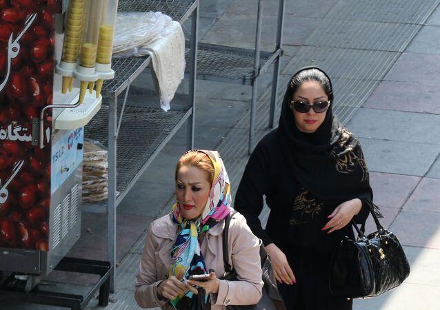 إيرانيات