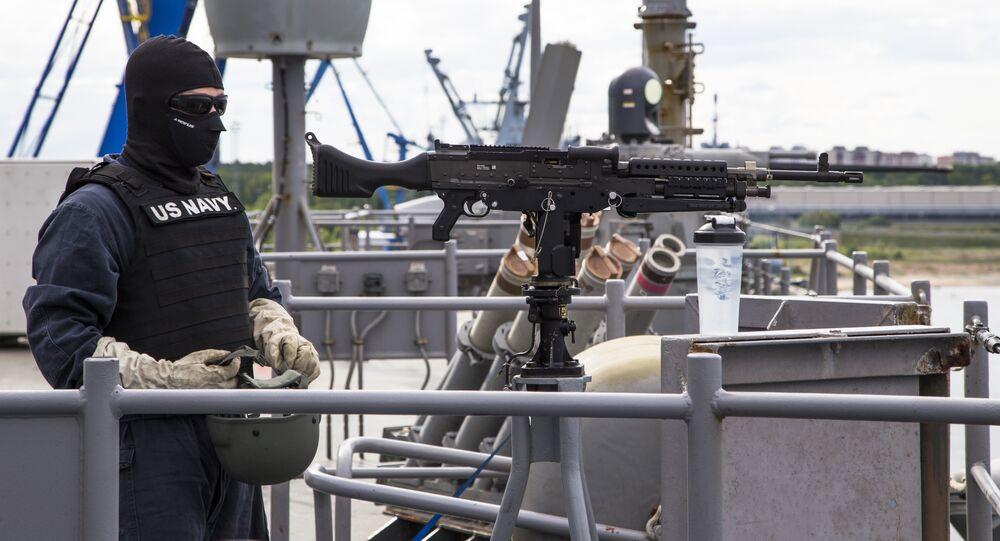 وحدة بحرية أمريكية تشارك في مناورة بلتوبس 2016