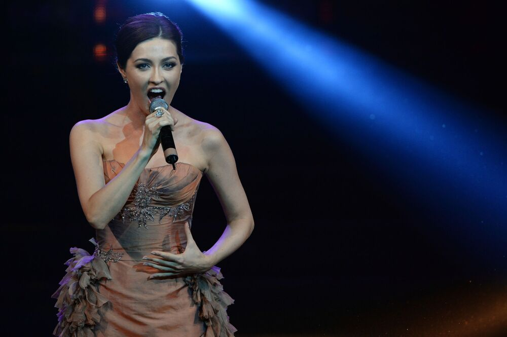 مغنية الأوبرا كسينيا دجينيفا تشارك في فعاليات  ملكة جمال موسكو 2016