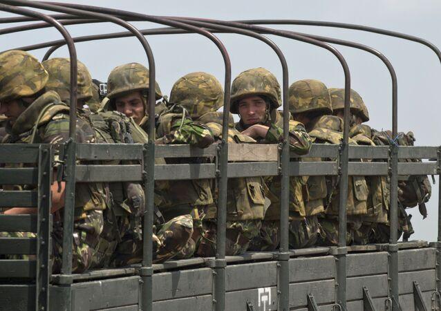 أفراد الجيش الروماني خلال تدريب قوات الناتو
