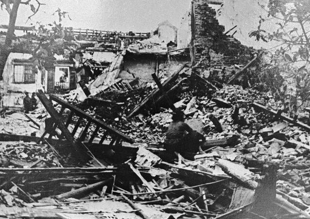 قصف جوي أمريكي لفيتنام