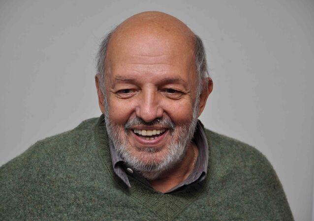 المخرج المصري محمد خان
