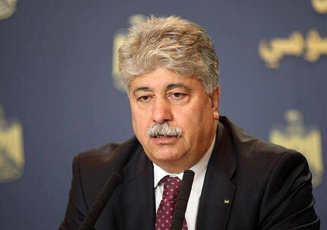 أكد أحمد مجدلاني عضو اللجنة التنفيذية لمنظمة التحرير الفلسطينية
