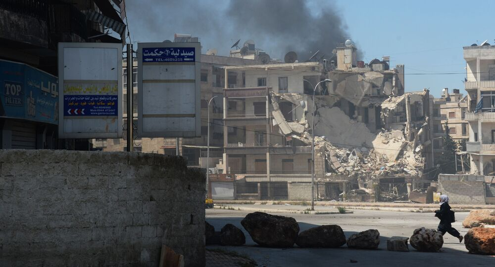 حي في مدينة حلب يتعرض إلى القصف من قبل المجموعات المسلحة