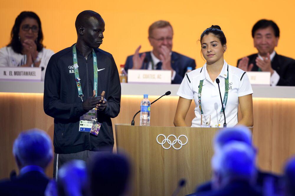 أعضاء فريق اللاجئين المشاركين في ألعاب أولومبياد ريو-دي-جانيرو 2016 في الرازيل