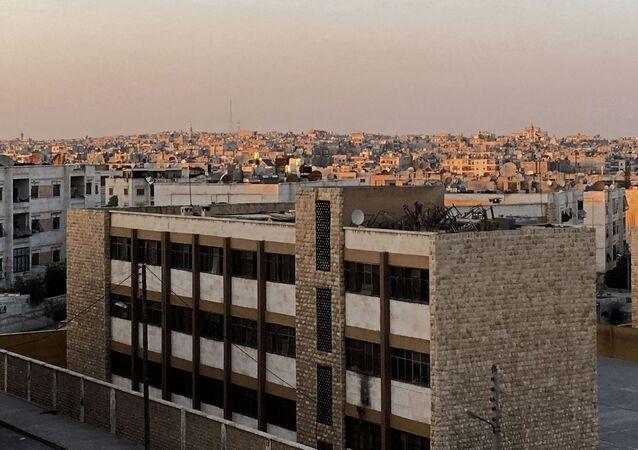 منازل وبنايات في حي راموسة بجنوب غرب مدينة حلب