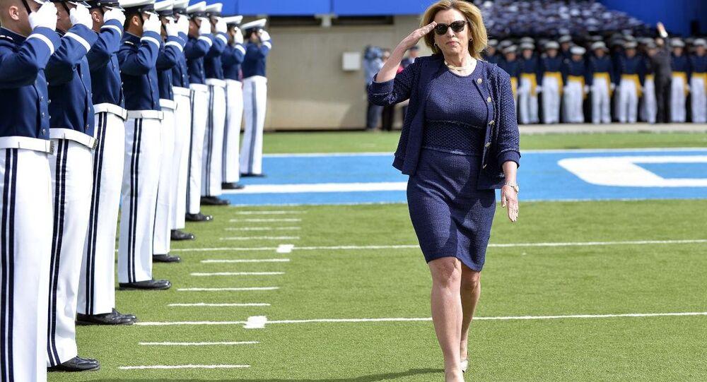 قائدة القوات الجوية الأمريكية ديبورا جيمس