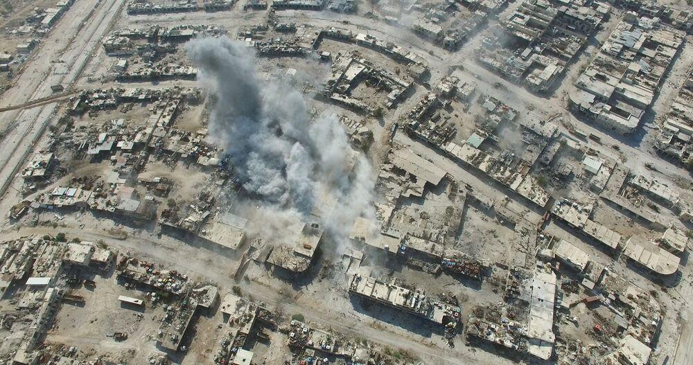 الضربات الجوية على مواقع الإرهابيين في حي الراموسة في جنوب غرب مدينة حلب